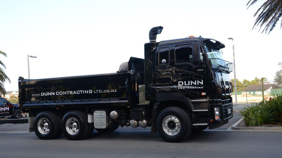 Machinery Hire: Isuzu Tip Trucks 11 Tonne Payload